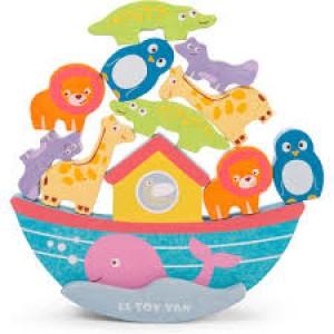 Arche de Noé tout en bois avec ses animaux
