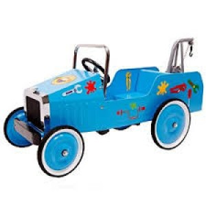Ma  Grande voiture bleue à pédales, avec ses autocollants