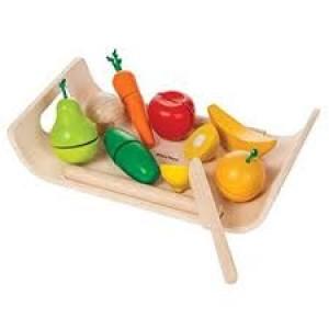 Légumes et fruits en bois à découper