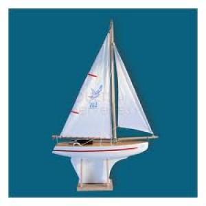 Grand voilier tout blanc  en bois navigable sur bassin, fabriqué en France
